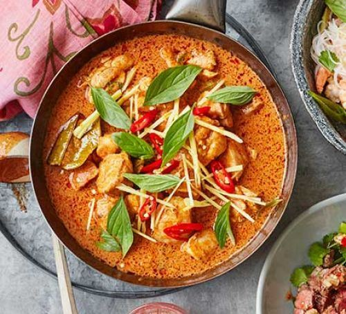 Thai beef Red Curry sauce with rice