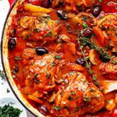 Chicken cacciatore with steamed rice GF