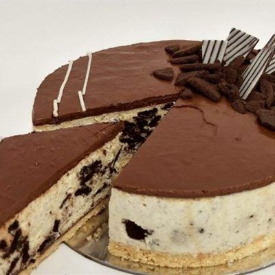 Large Oreo Nutella Cheese Cake