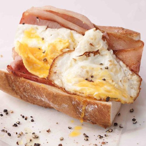 Bacon & Eggs Baguette
