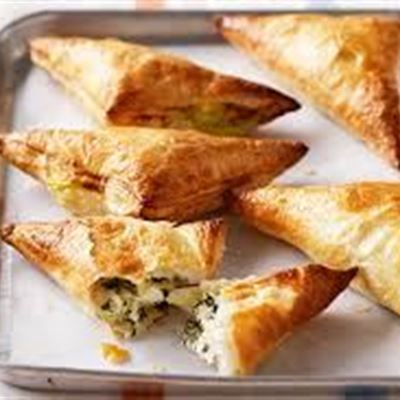 Spinach & Feta filo pastry (V)