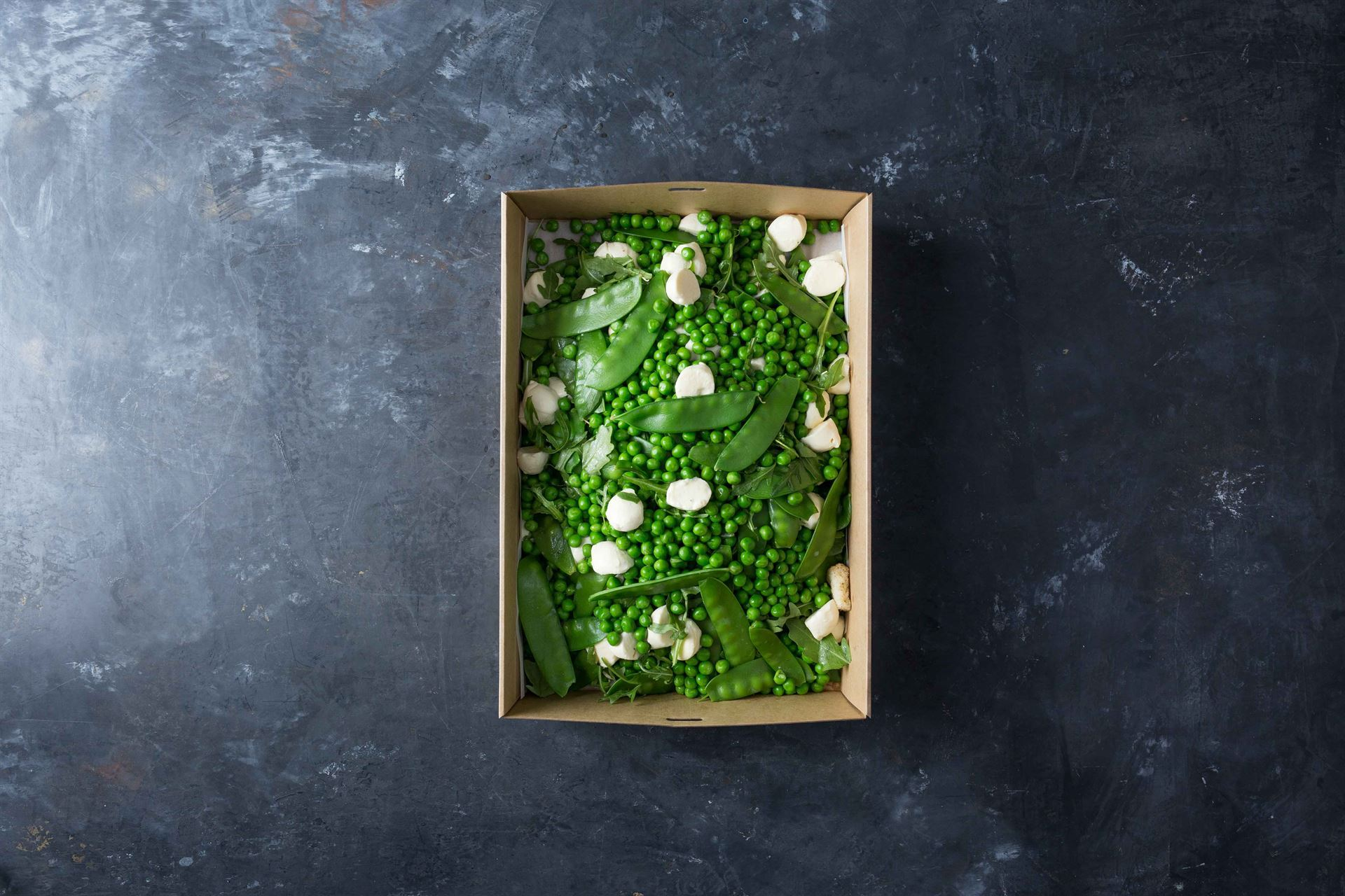 Steamed pea, snow pea, mint, mozzerrlea cheese, garlic crotons, rocket, dressing