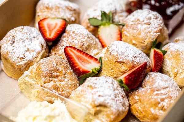English-Style Scone, Strawberry preserve and whipped cream