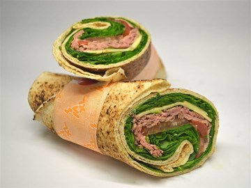 Back 2 Basic Wrap: Beef and Salad