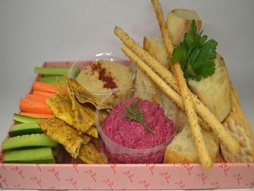 Dip Platter w Crudites & Crackers
