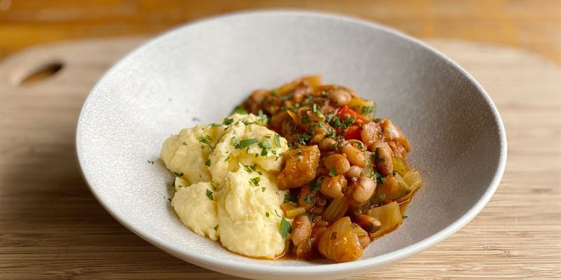 Polenta w/ Italian Braised Vegetables and Borlotti Beans with Parsley and Basil (v, gf)