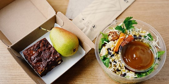 Freekeh & Roasted Cauliflower Salad Lunch Box (v)