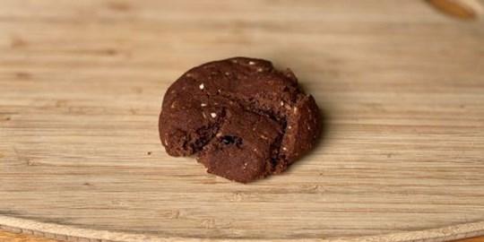 Granola, Sour Cherry & Rye Cookie