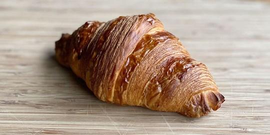 STREAT Bakery croissant