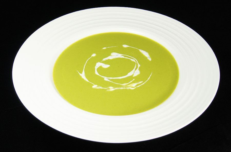 Spring green pea soup V