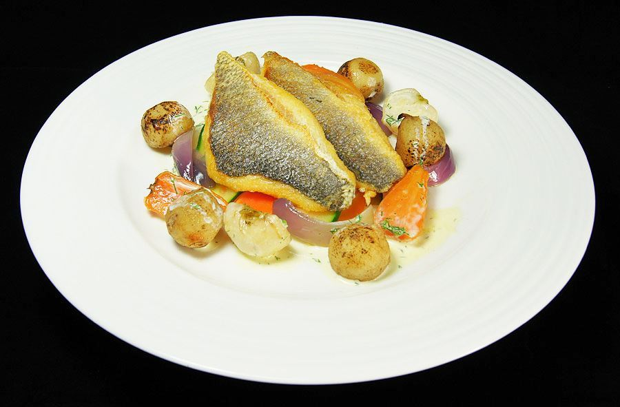 Pan-fried sea bream fillets