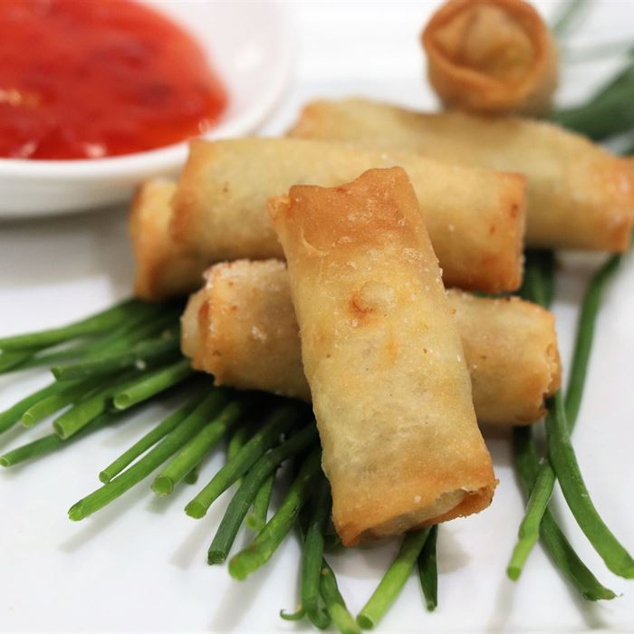Spring Rolls - with sweet chilli sauce (VEG)