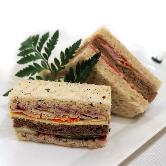 Ribbon Sandwich