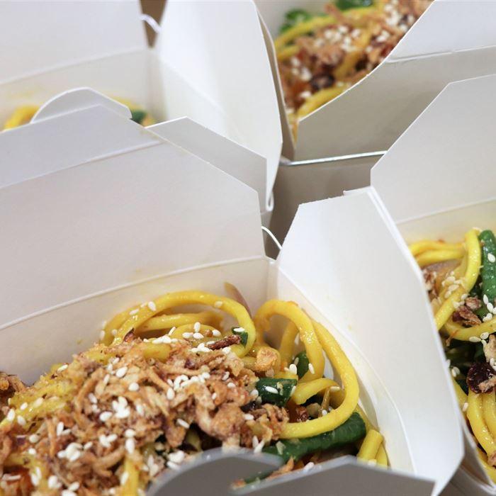 Noodle Box - Chicken Hokkien Noodle (served hot)