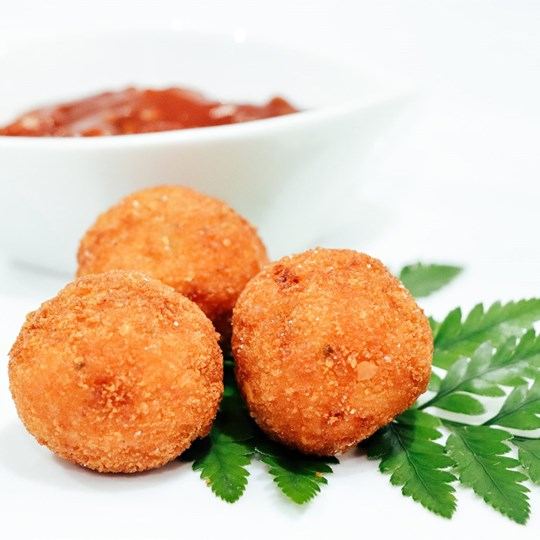 Risotto Ball - served with tomato relish (VEG)