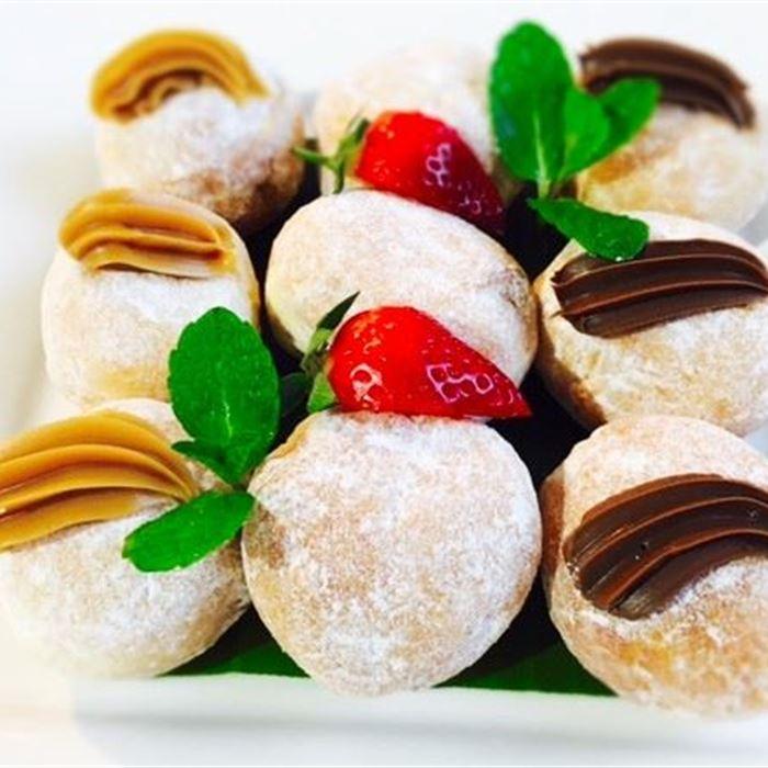 Petite Donuts - 2 per serve