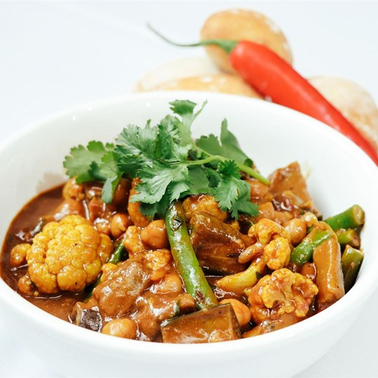 Buffet - Cauliflower, Green Bean, Eggplant & Chickpea Coconut Curry (GF) (VEGAN)