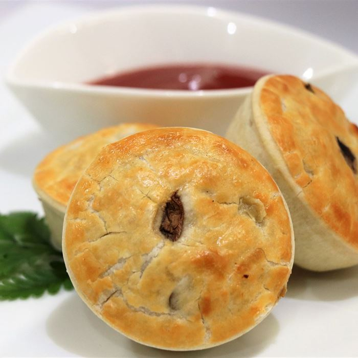 Gourmet Pies - Forest mushroom and gruyere cheese with tomato sauce (VEG)