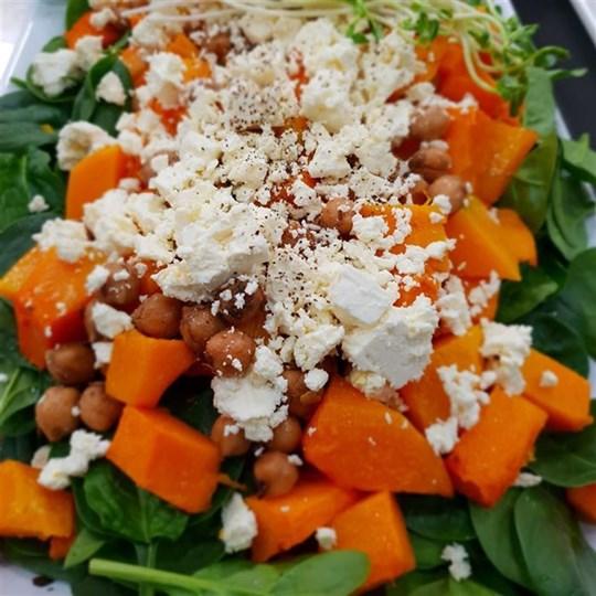 Spinach, Roast Pumpkin, Chickpea & Feta Salad (GF) (VEG)