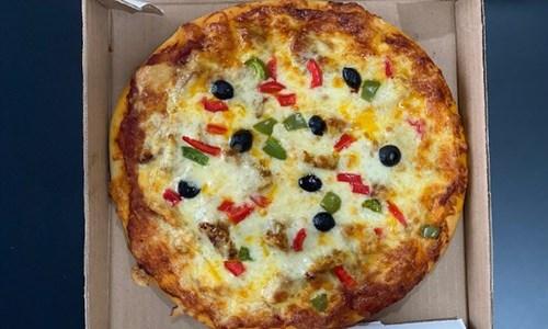 Pizzas & Sandwiches