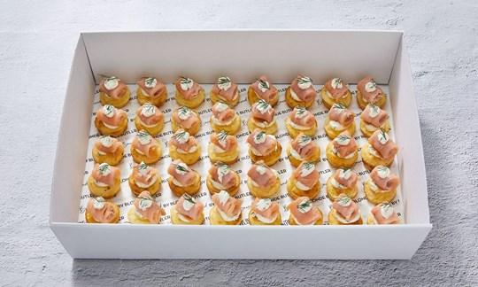 Smoked salmon blini with dill & cream cheese (GF)