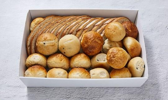 Mixed bread box