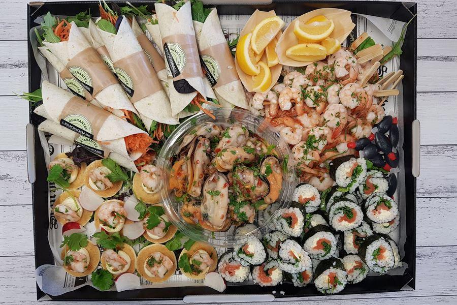 Seafood Platter (serves 10)