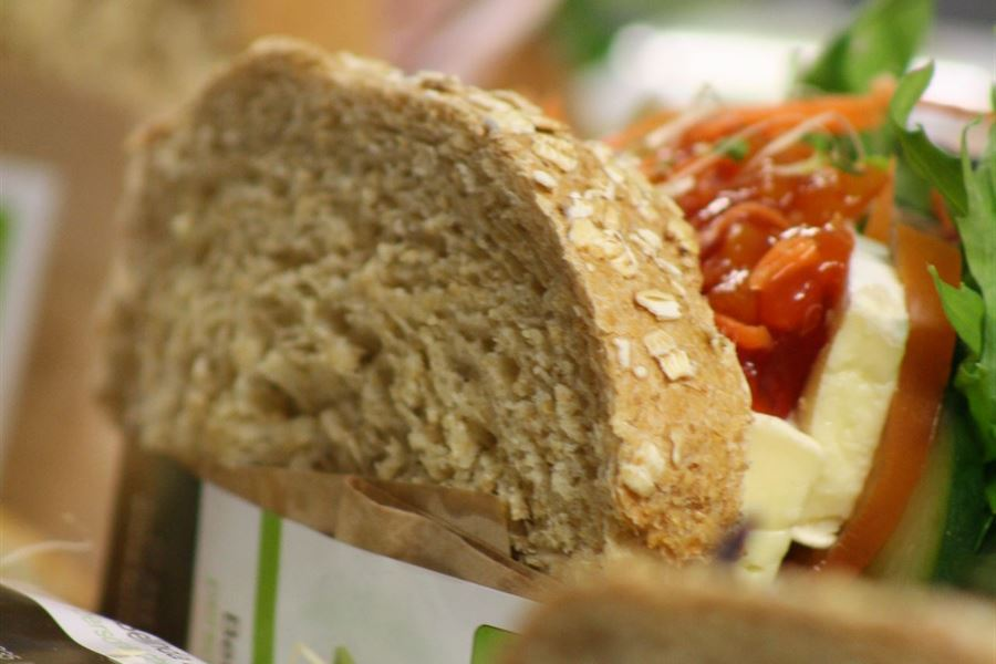 Large wholemeal sandwich (1pp)