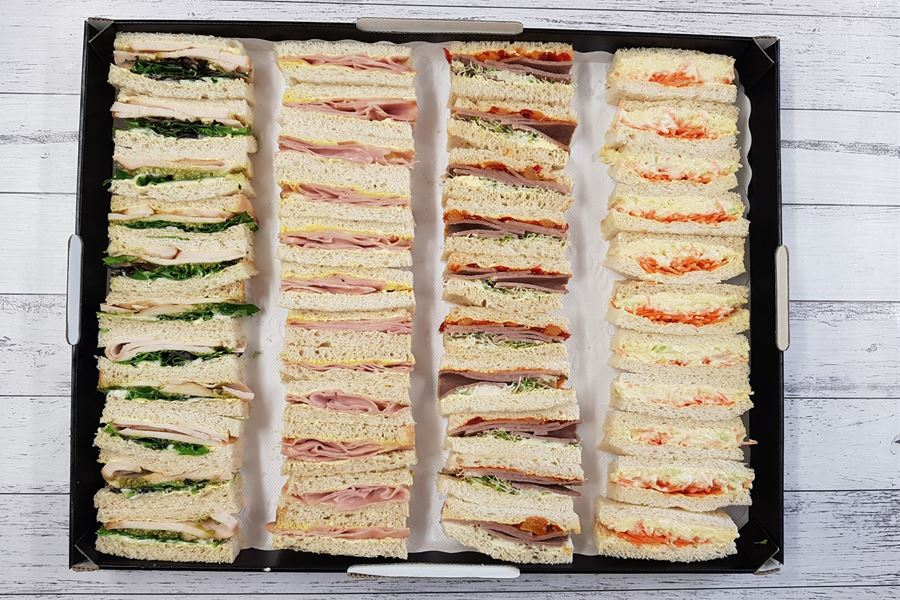 Cocktail sandwiches (2pp)