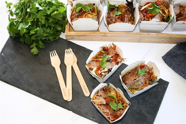 THAI BEEF NOODLE SALAD BOX