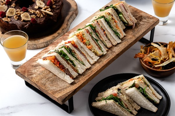 CLUB SANDWICHES - 2pp
