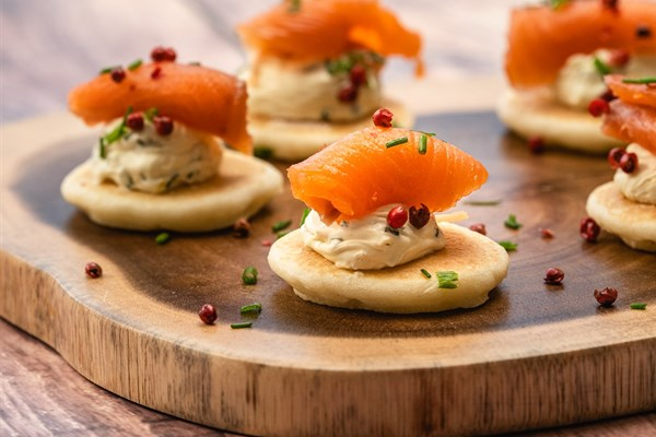 CHRISTMAS CANAPES PLATTER