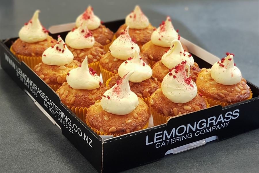 LEMON SYRUP CAKES