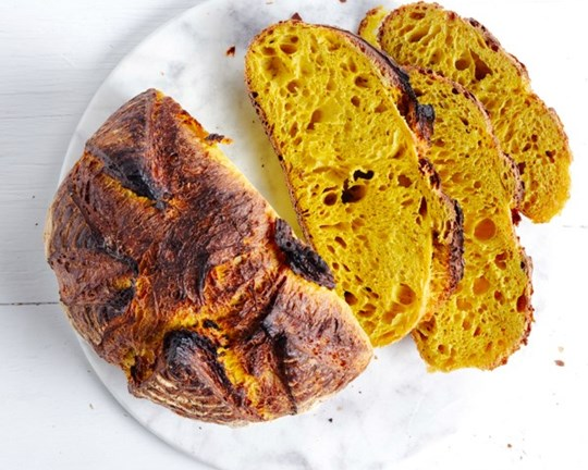 Organic Turmeric & Black Pepper Sourdough