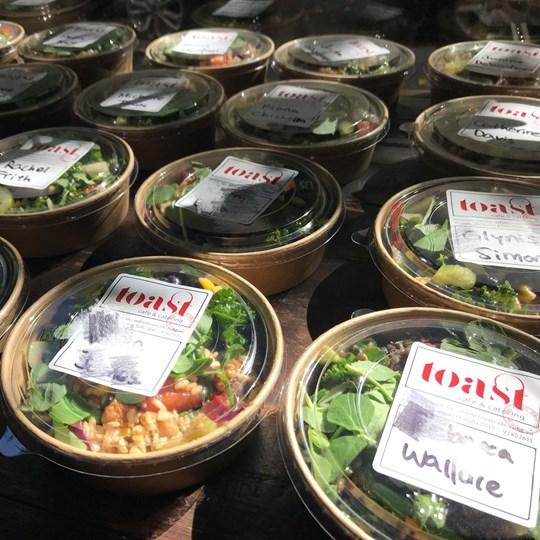 Individual boxed salad (gluten free) - medium