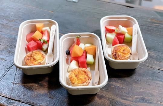 Mini quiche & fruit box (vego avail)