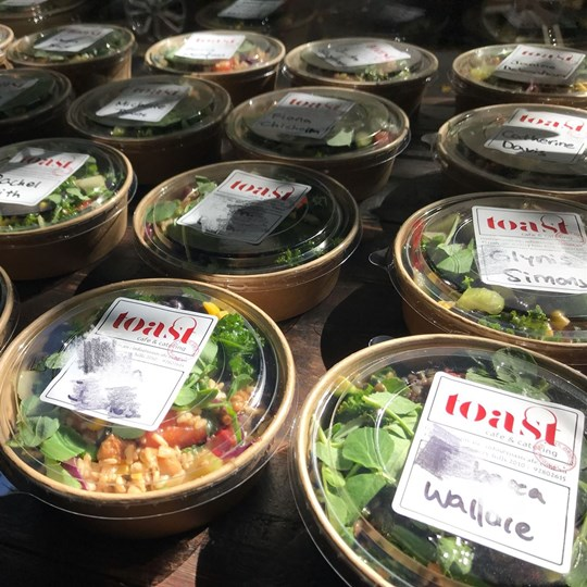 Individual boxed salad - extra large