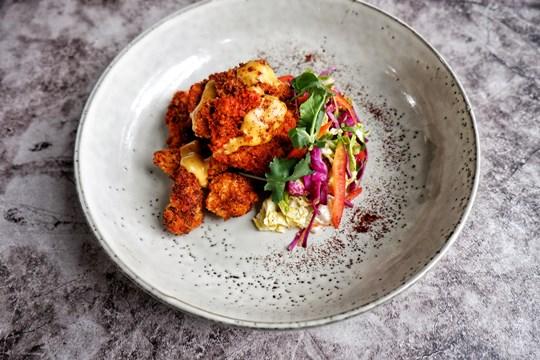 Essential fried chicken platter (30 pieces)