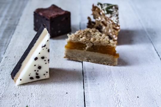Petit four slice assortment (v) (gf available)