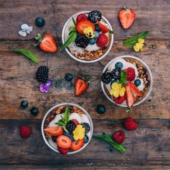 Superfood Muesli Cups