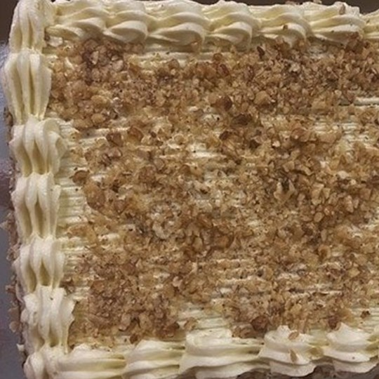Traditional Carrot Cake now Rectangle (30 cm x 22 cm)