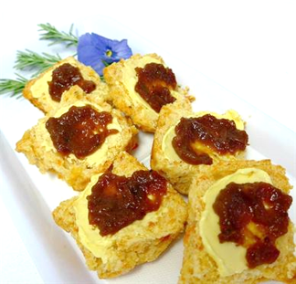 Scone Tomato half piece topped with butter and tomato relish (v) (min 6)