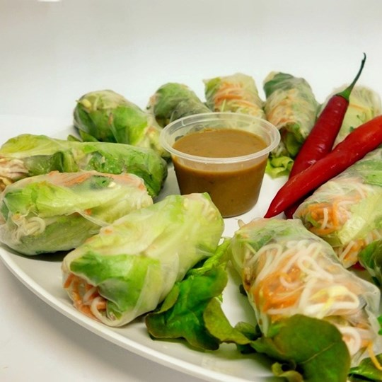 Vietnamese vegetable rice paper roll (g/f,d/f, vegan)