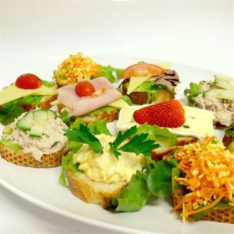 Mini Open Breads with a Selection of Savoury Toppings on Crusty Baguette (min 10)
