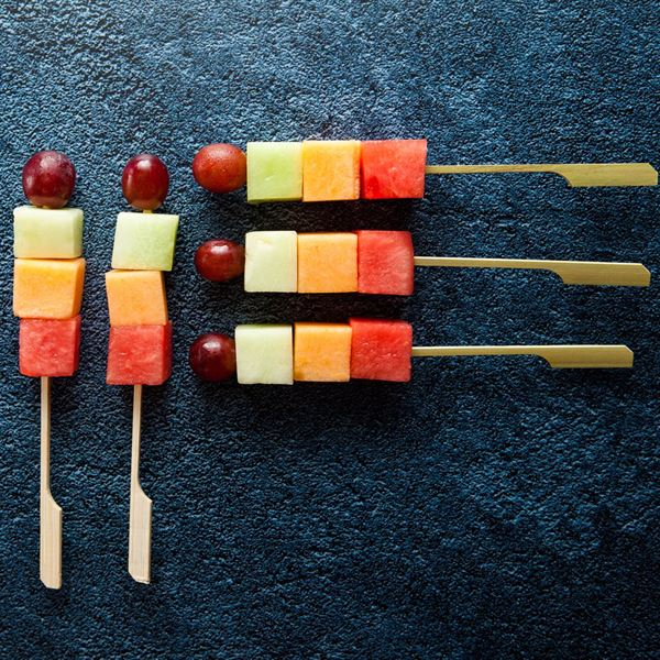 Individual fruit skewer (ex)
