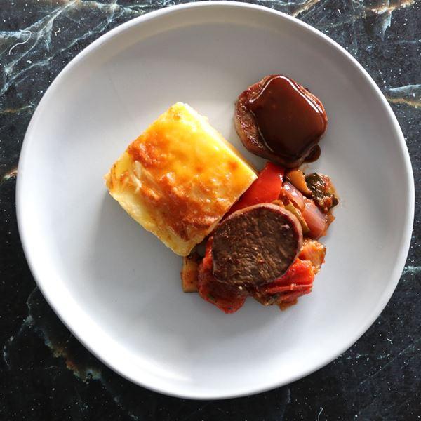 Beef tenderloin, layered potato, ratatouille & jus  (EX)