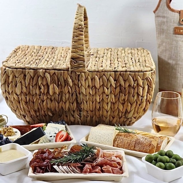 Picnic platters and hampers