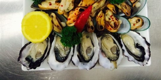 Oysters Platter -Natural (GF)