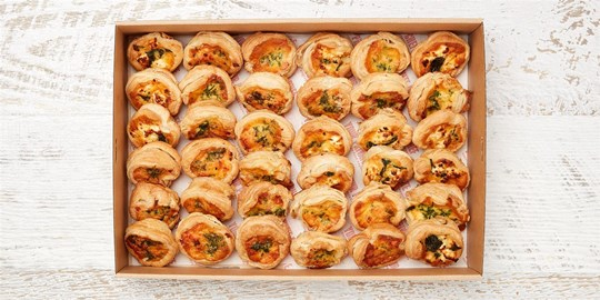 Quiche Platter - Our famous home-made quiches (mini) (warm))