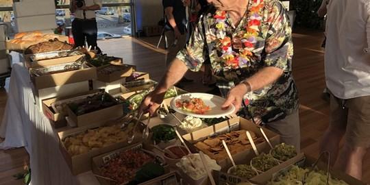 Hot Food Station - Mexican Burrito Bar